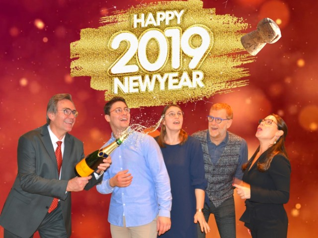 Happy New Year, New Year 2018, Nieuwjaar, Oud op Nieuw, Gelukkige nieuwjaar, 2019, Feeststemming, Feest, Party, Optiek Dutrannoit, Opticiens, Optometristen